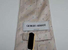 ジョルジオアルマーニ GIORGIO ARMANI の ネクタイ についた  食べこぼし のしみ by 下町、東京都江東区亀戸の会員制クリーニングベレーナ