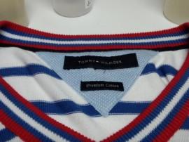 トミーヒルフィガー TOMMY HILFIGER メンズ セーター についた 食べこぼし のしみ by 下町、東京都江東区亀戸の会員制クリーニングベレーナ