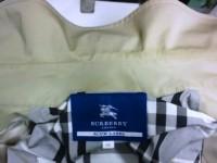 バーバリー(Burberry) コート 襟(エリ)の黄ばみ by 会員制クリーニング ベレーナ